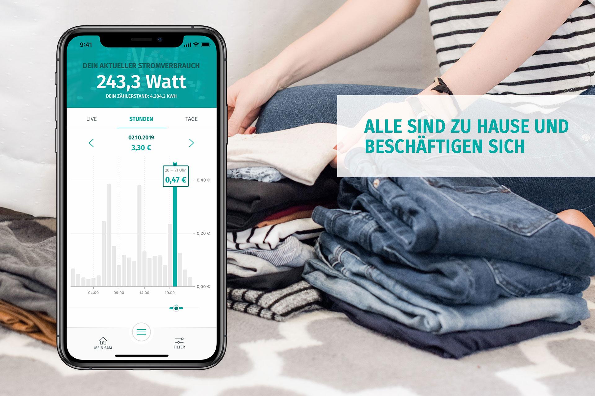 Die enera App zeigt den Stromverbrauch am Abend
