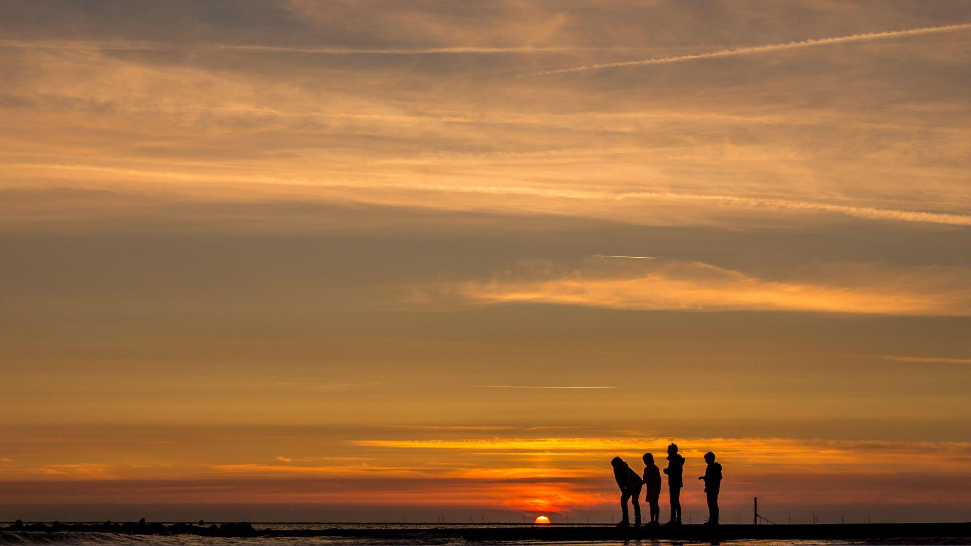 Sonnenuntergang in Varel - enera Datenschutz