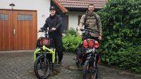 Kim Granz und Frank Glanert bereit für den enera Roadtrip