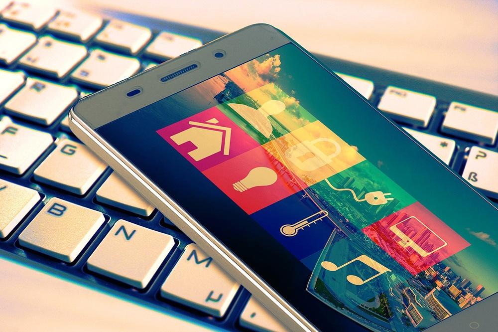 smart home funktionen möglichkeiten auf smartphone